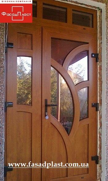 Входные двери REHAU