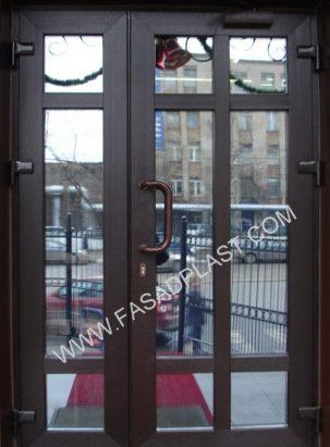 dveri-kafe-rehau-fasadplast